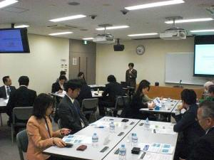 近畿運輸局大阪運輸支局、監査担当者様より、厳しくなった監査・行政処分に関する内容を説明頂いています。